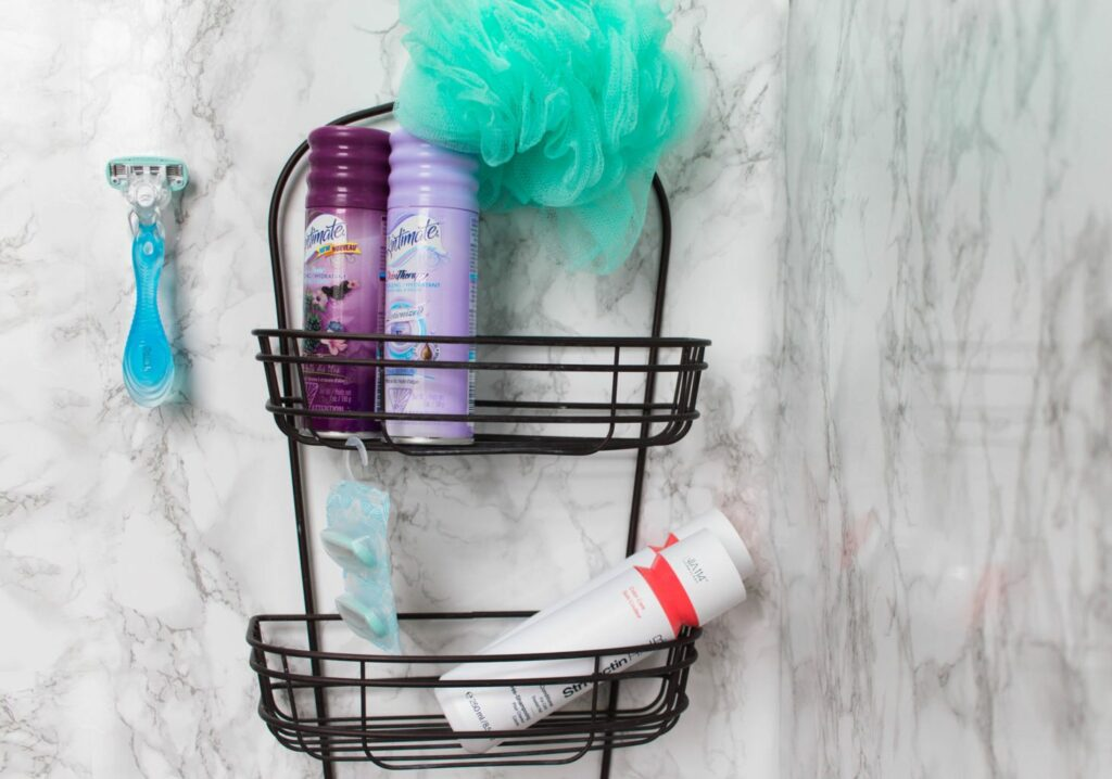 Get your legs ready for summer with Schick Hydro Silk Razor & Skintimate Island Berry Breeze