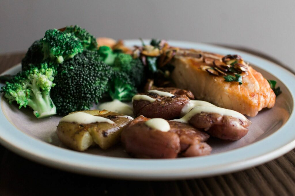 Try Munchery yourself and get 50% off your first order. Code: PLAIDBOX50 !