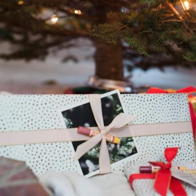 Pops of Fun for Your Gift Wrap