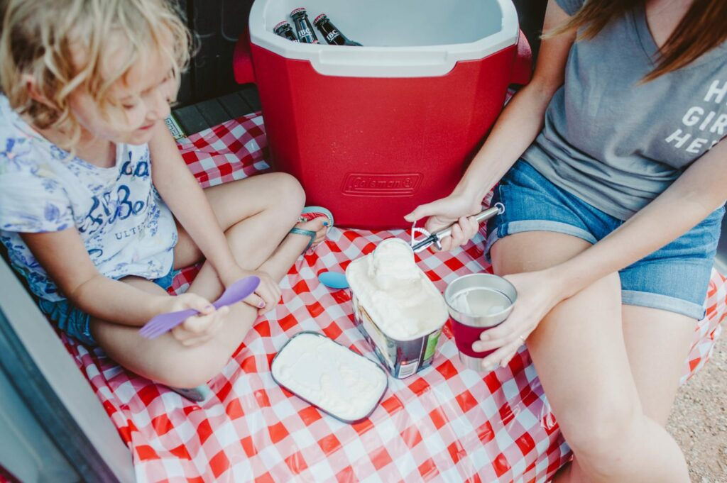 Elizabeth Mayberry of Oak + Oats making root beer floats with Coleman to celebrate summer