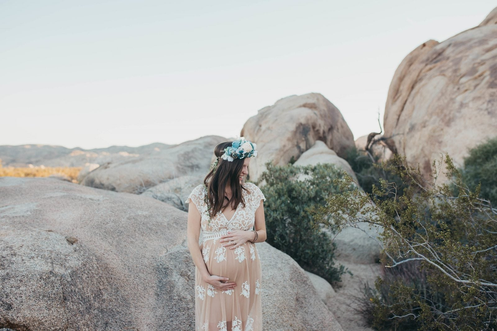 maternity photos in Joshua Tree - Oak + Oats
