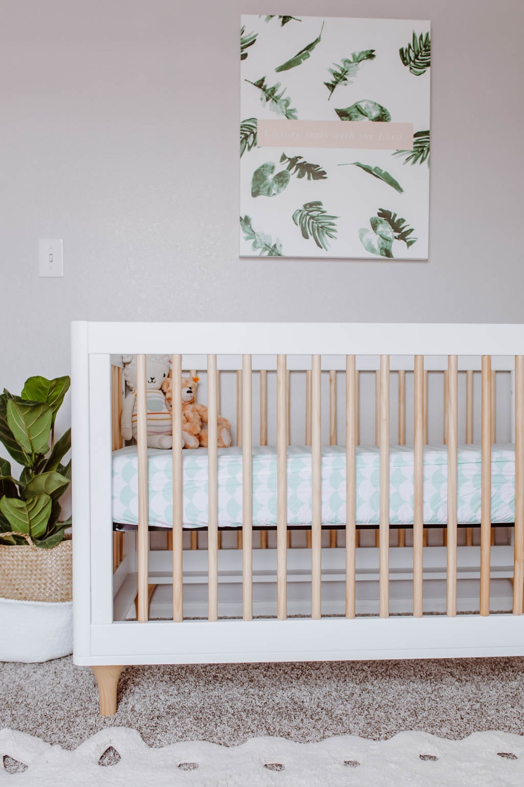Babyletto Lolly 3-in-1 Convertible Crib in White/Natural